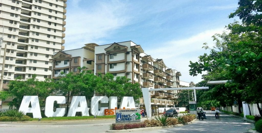 Acacia Estates Front Gate